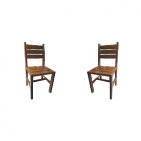 Cadeira Maciça Mavale